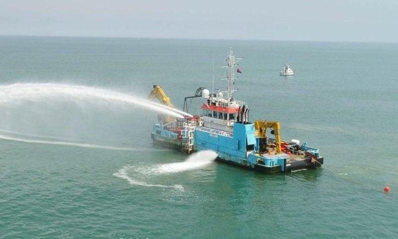Novo cabo submarino liga Brasil à África e tem capacidade de 32 Tbps